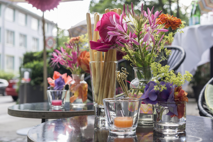 SUMMER IN THE CITY: PARTY IM FARBRAUSCH